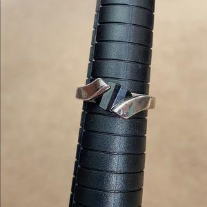 Lia Sophia Black Silver Ring